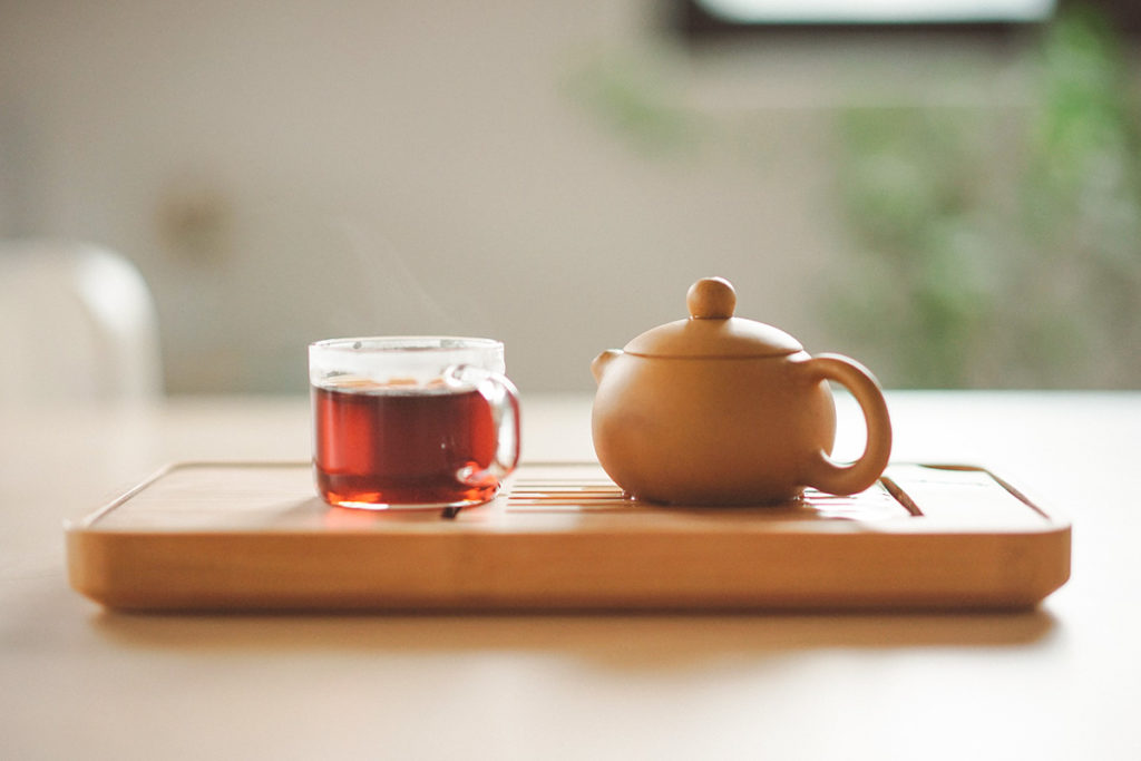 how many calories in cup of tea?