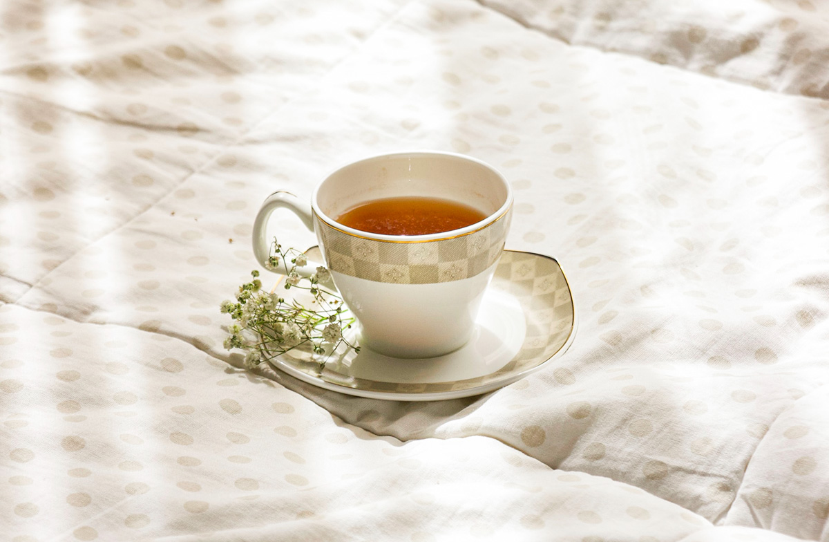 How does tea can boost your productivity and improve your mood