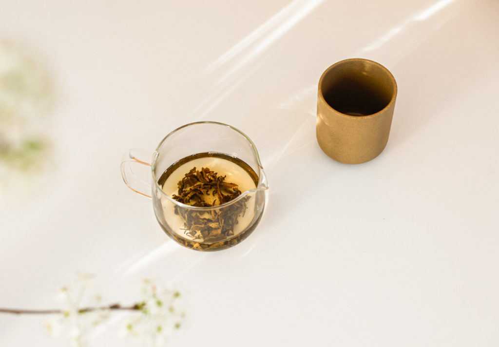 TEA GIVES YOU A MOMENT TO PAUSE AND REFLECT