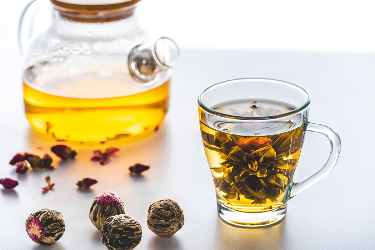 FLOWERING TEA - WHAT IS FLOWERING TEA AND HOW TO MAKE IT.