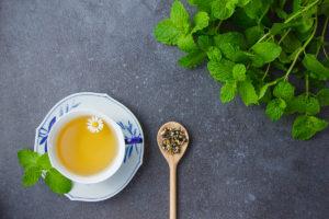 SLEEP AID CHAMOMILE TEA: HISTORY, HEALTH BENEFITS AND RECIPE