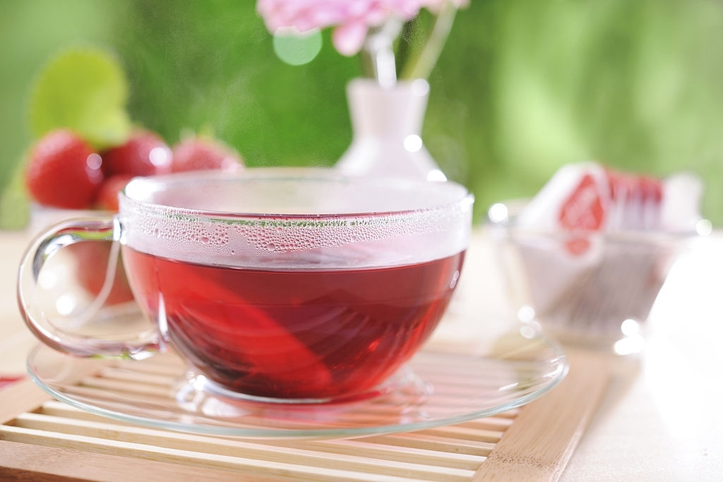 HEALTH BENEFITS OF STRAWBERRY GREEN TEA
