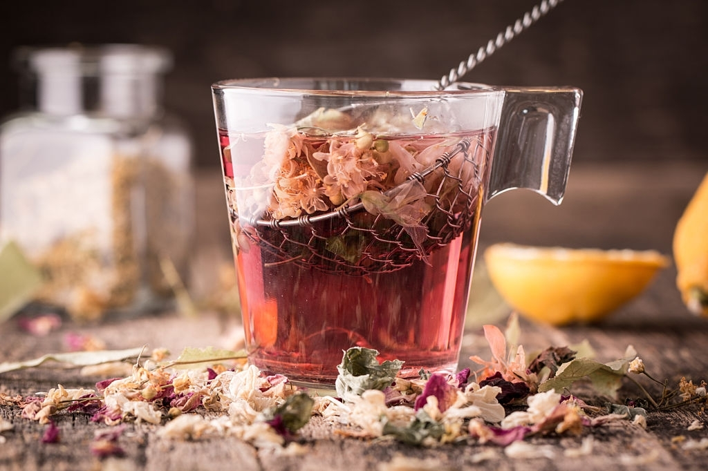 ECHINACEA TEA: MEANING, SURPRISING HEALTH BENEFITS AND RECIPE